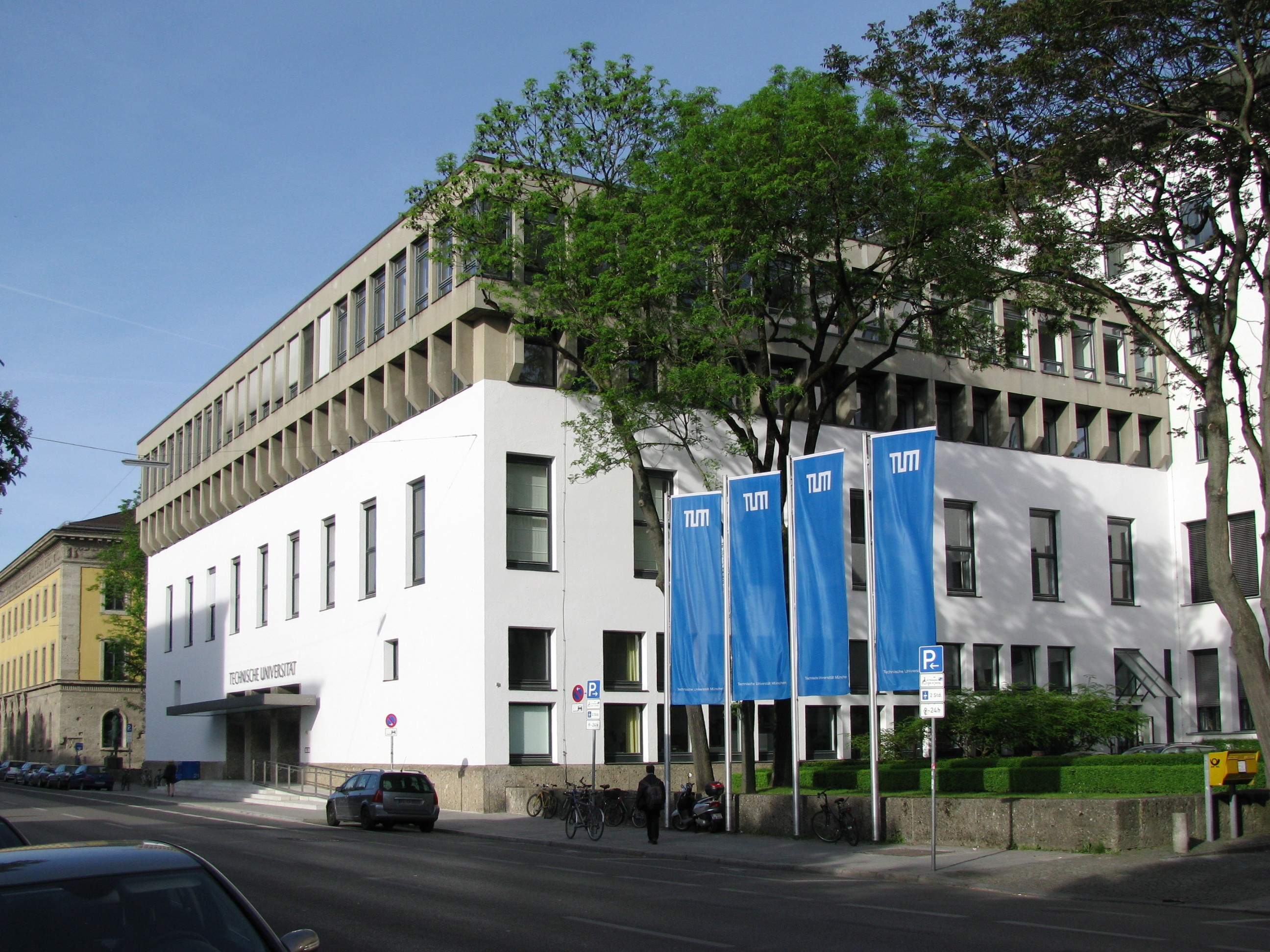 Technical University of Munich, Living in Germany