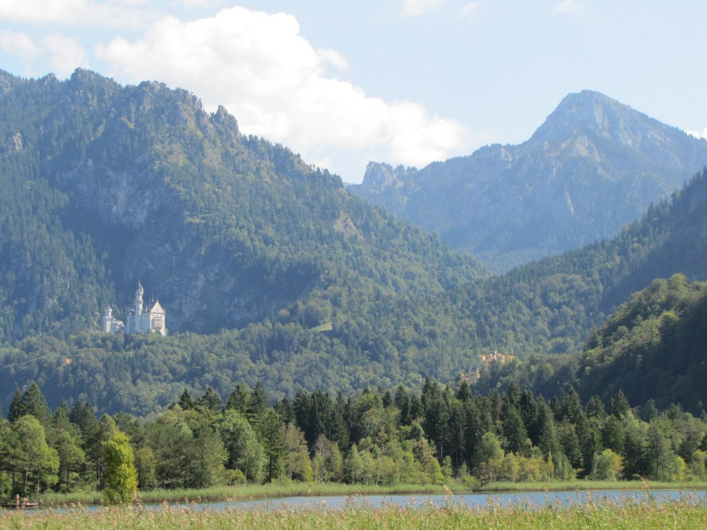 Traveling with Family to Neuschwanstein